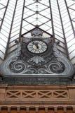 Arkitekturdetalj av den Atocha drevstationen i Madrid Arkivfoto