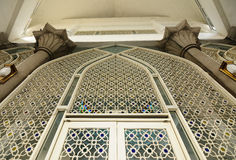 Arkitekturdetalj av Sultan Abdul Samad Mosque (KLIA-moskén) Arkivfoton