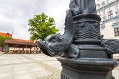 Arkitekturdetalj på stadlampan i Chelmno Royaltyfria Bilder