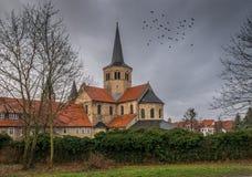 Arkitekturen av staden Hildesheim, Tyskland royaltyfria foton