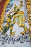 Arkitekturväggmålningen i Thailand Ramakien Arkivbilder