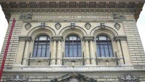 Arkivmuseum Palais de Rumine i Schweiz, Lausanne, arkitektoniskt arv stock video