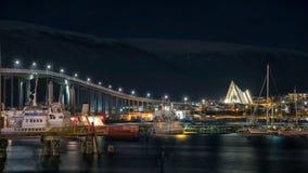 Arktisk domkyrka på natten royaltyfri bild