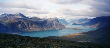 arktisk fjord Arkivfoto