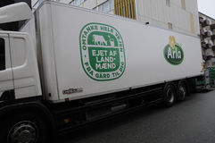 ARLA食物送货卡车 免版税图库摄影