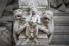 Arles, igreja de Saint-Trophime fotos de stock royalty free
