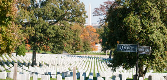 Arlington Cemetery and sign to JFK grave and Tomb of Unkown Stock Photo