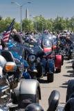 Arlington, VA, EUA, o 25 de maio de 2015: Burro das motocicletas do trovão do rolamento Imagens de Stock Royalty Free