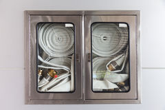 Armários para extintores Fotos de Stock Royalty Free