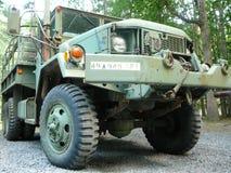 arméöverskottlastbil Arkivfoton