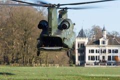 Armé- och flygvapenhelikopterövning Arkivbilder
