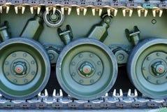 armécaterpillarbehållare Arkivbild