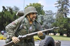 arméinfanterit tjäna som soldat Arkivbilder