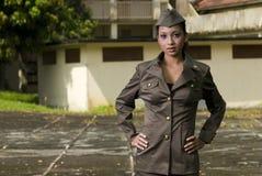 armékvinnligpersonaler arkivbild