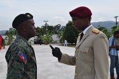 Armén av Haiti i förberedelse i fall att det Arkivbilder