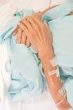 Arm eines weiblichen Patienten Stockfotografie