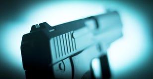 Arma automática do revólver da pistola de 9mm Imagens de Stock Royalty Free