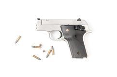 Arma automática pequena 22 com a bala isolada Foto de Stock Royalty Free