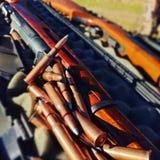 Arma con las balas Fotografía de archivo