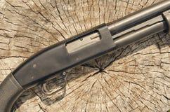 arma Concetto del fucile da caccia Fucile da caccia nero Fotografia Stock
