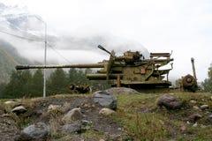 Arma da montanha para a eliminação das avalanchas Imagens de Stock