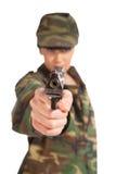Arma de la explotación agrícola de la muchacha del ejército Fotografía de archivo