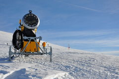 Arma de la nieve Imagen de archivo libre de regalías