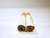Arma del cigarro Imagen de archivo libre de regalías