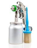 Arma e escova brilhantes de pulverizador do metal novo Fotografia de Stock Royalty Free