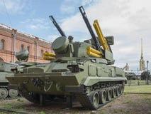 arma 2S6-self-propelled antiaérea com o míssil oito 9M311 Imagem de Stock
