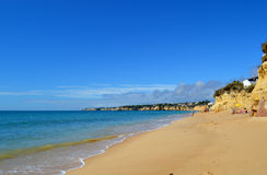 Armacao de Pera Beach στο Αλγκάρβε Στοκ φωτογραφία με δικαίωμα ελεύθερης χρήσης