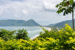Armacao strand i Florianopolis, Santa Catarina, Brasilien Royaltyfria Bilder