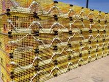 Armadilhas amarelas da lagosta Foto de Stock