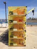 Armadilhas amarelas da lagosta fotografia de stock