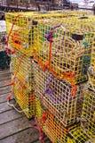 Armadilhas da lagosta na doca em Maine fotografia de stock royalty free