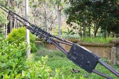Armadio e corda arrugginiti del ferro fotografia stock libera da diritti
