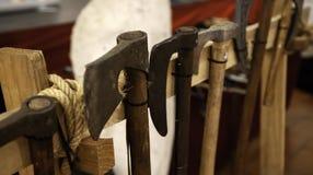 Armadura medieval das espadas fotos de stock