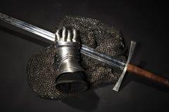 Armadura y espada fotos de archivo libres de regalías
