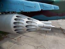 Armamento de los cohetes de los aviones y de los helicópteros imagen de archivo libre de regalías
