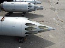 Armamento de los cohetes de los aviones y de los helicópteros foto de archivo libre de regalías