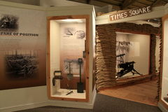 Armamento y herramientas del objeto expuesto de la guerra, museo militar, Saratoga Springs, Nueva York, 2016 imágenes de archivo libres de regalías
