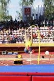 ARMAND DUPLANTIS del evento del salto con pértiga del triunfo de Suecia en el campeonato Tampere, Finlandia del mundo U20 de IAAF imágenes de archivo libres de regalías