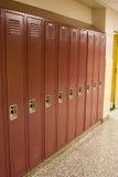 Armarios rojos de la escuela Fotografía de archivo