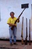 Armas capturadas dos poachers em Mozambique. Foto de Stock