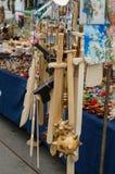 Armas de madera en la feria Fotografía de archivo libre de regalías