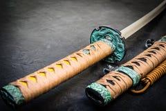 Armas japonesas tradicionales antiguas Espada del samurai imagenes de archivo