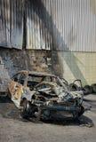 Armatoste quemado del coche vertical Imagen de archivo libre de regalías