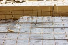 Armatur siatki w betonowej podłoga Zdjęcie Royalty Free