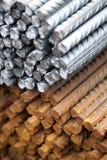 Armatura d'acciaio del metallo al posto della costruzione Fotografia Stock