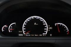 Armaturenbrett, Leuchttafel, Geschwindigkeitsanzeige lizenzfreies stockfoto